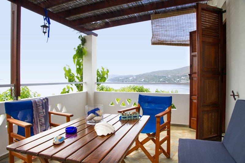 Balcony comfort at the apartment Sarakino in Skyros apartments